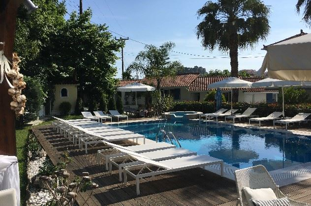 Pool area, Lemon Tree Apartments, Parga