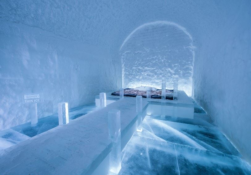 Danger Thin Ice (Franziska Agrawal), Art Suite, ICEHOTEL, Jukkasjärvi, Swedish Lapland (Photo - Asaf Kilger)