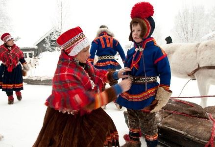Sami encounters and winter activities in Swedish Lapland
