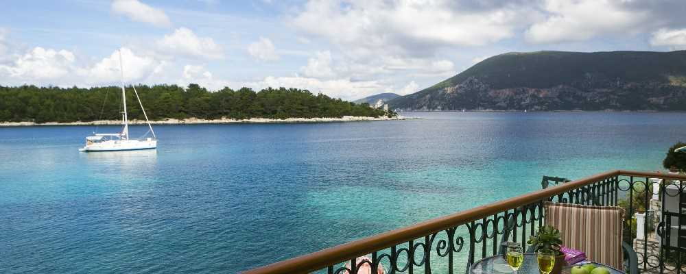 Waterfront Apartments, Fiscardo, Kefalonia