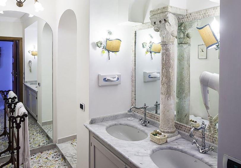Bathroom, Superior room, Villa Maria Hotel, Ravello, Italy