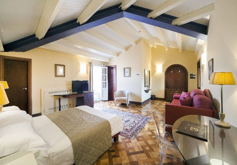 Deluxe room, Antico Hotel Roma 1880, Eastern Sicily