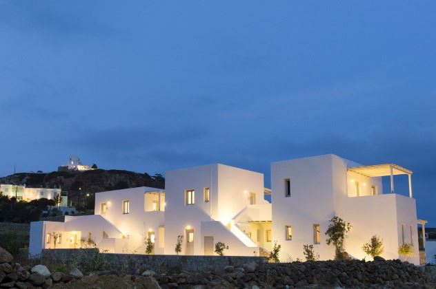 Echinousa Apartments, Psathi, Kimolos, Cyclades, Greece