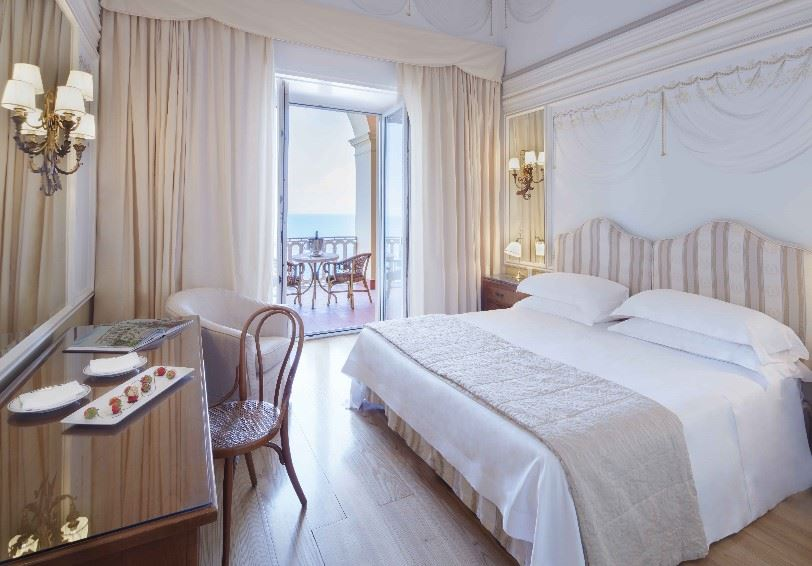 Superior room, Grand Hotel Excelsior Vittoria, Sorrento, Italy