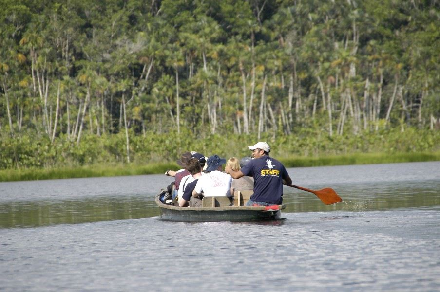 Canoe transfer to the airport