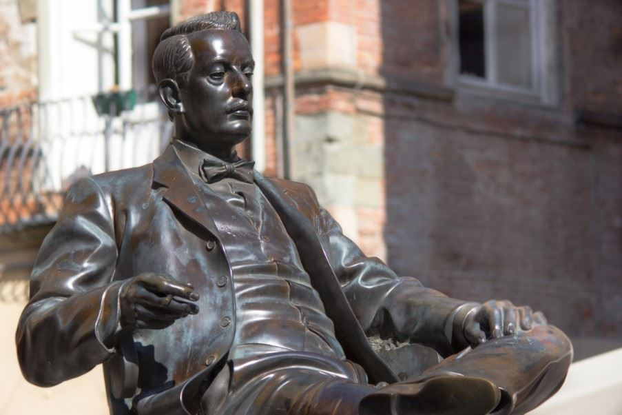 Statue of Giacomo Puccini in Lucca, Tuscany