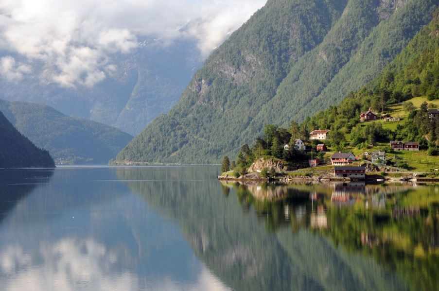Hardangerfjord (the orchard of Fjord Norway)