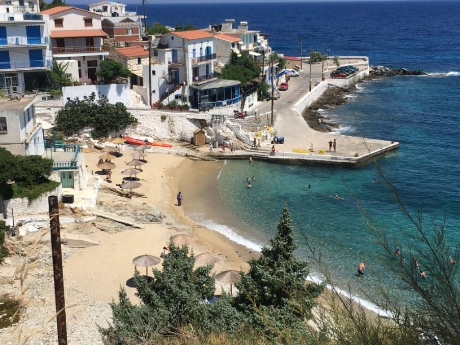 Armenistis village and beach