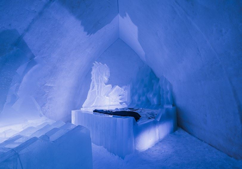 Snow Suite, Arctic Snowhotel and Glass Igloos, Rovaniemi