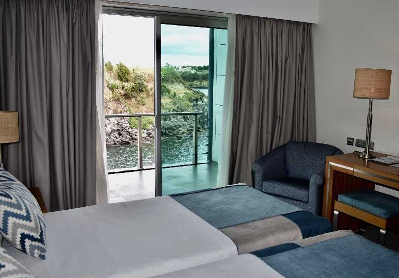 Standard room with balcony and ocean view, Do Caracol Hotel, Terceira