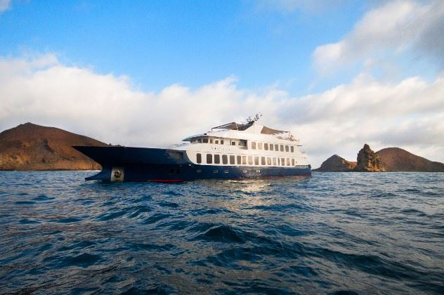 MV Theory, Galapagos Islands