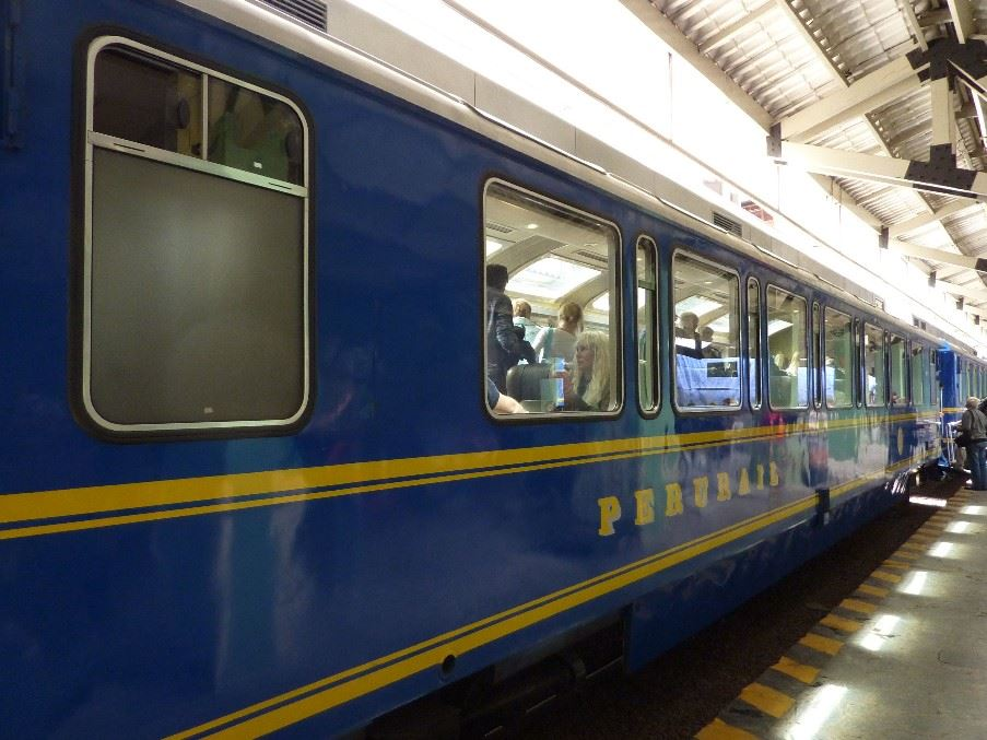 Vistadome train
