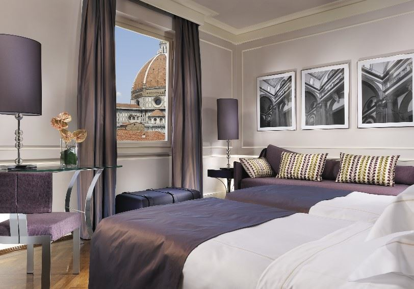 Deluxe room with a view of the Duomo and Campanile, Brunelleschi Hotel, Florence