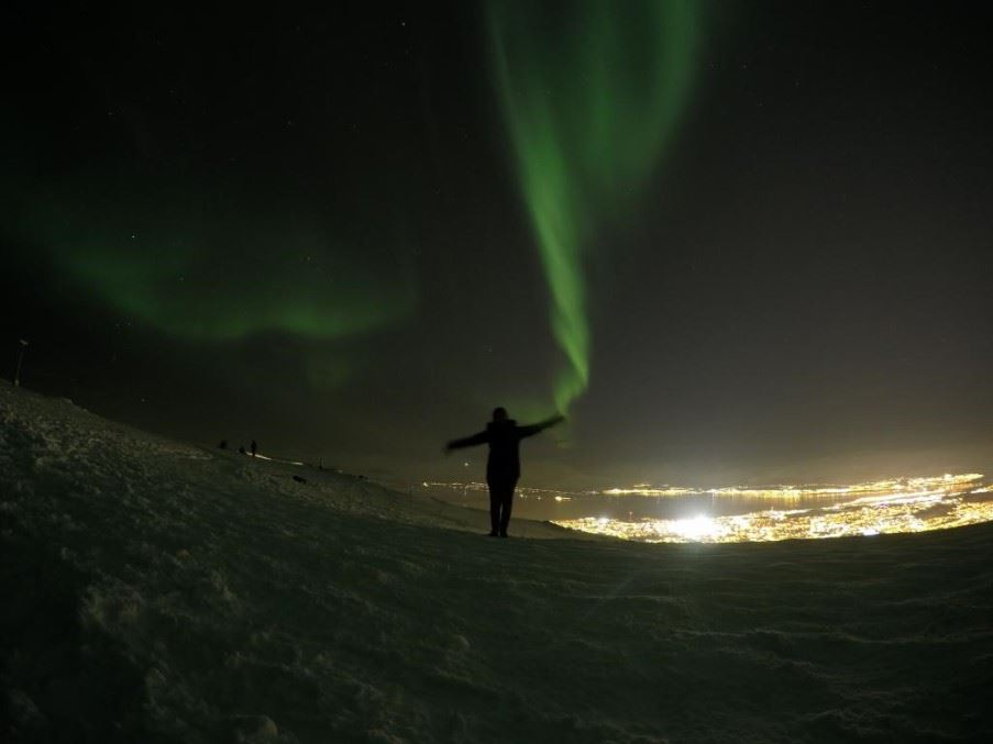 Cristiana dancing under the Northern Lights, Tromso