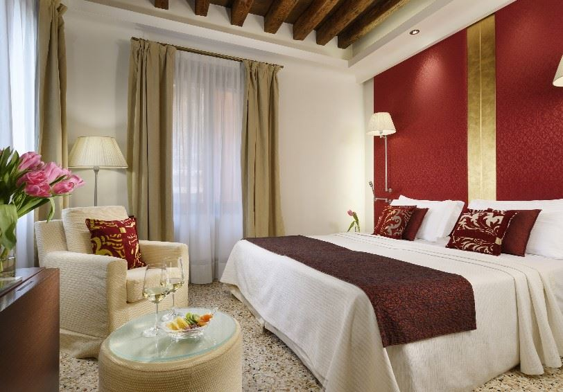 Deluxe Room with side canal view, Palazzo Giovanelli e Gran Canal, Venice