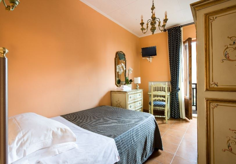 Single room with no view, La Cisterna Hotel, San Gimignano, Tuscany